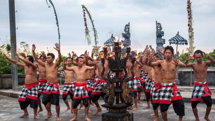 Enjoy Indonesia Tours Kecak